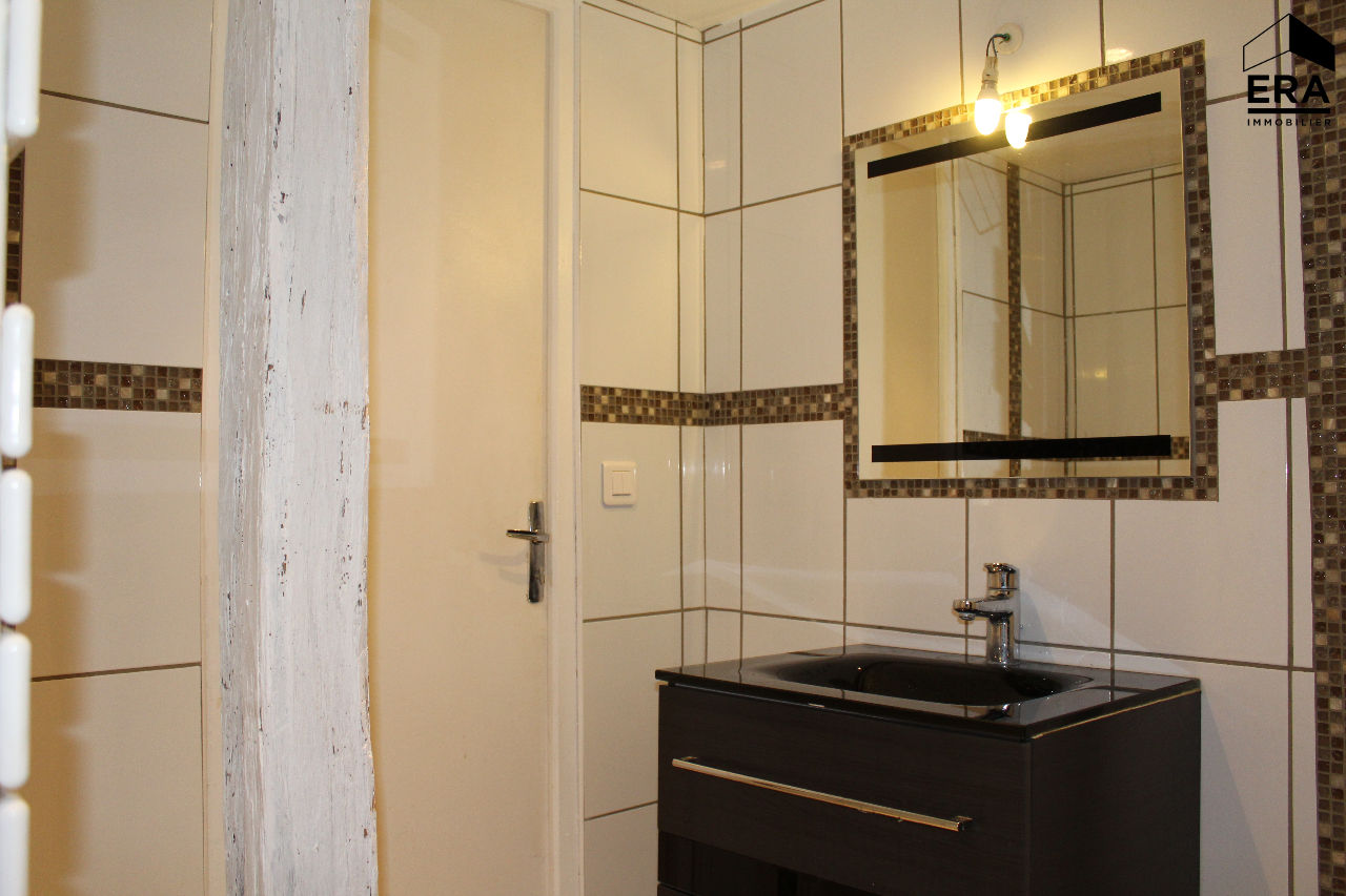 EPERNON APPARTEMENT F1 A VENDRE